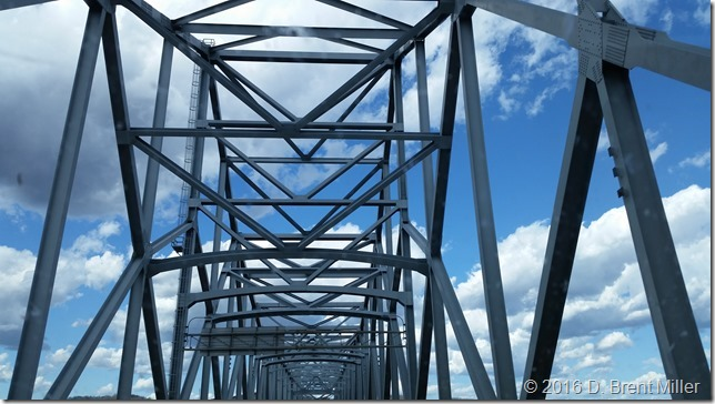 Bridge-over-Ohio-River